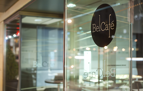 Bel-Cafe_Window-View_Night_Close-Up